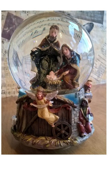 Nativity Scene Musical Globe 56036